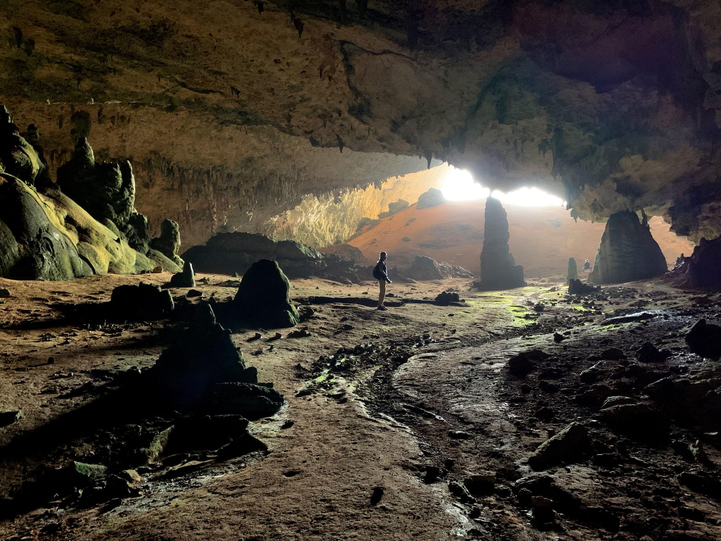 Hoq Cave entrance