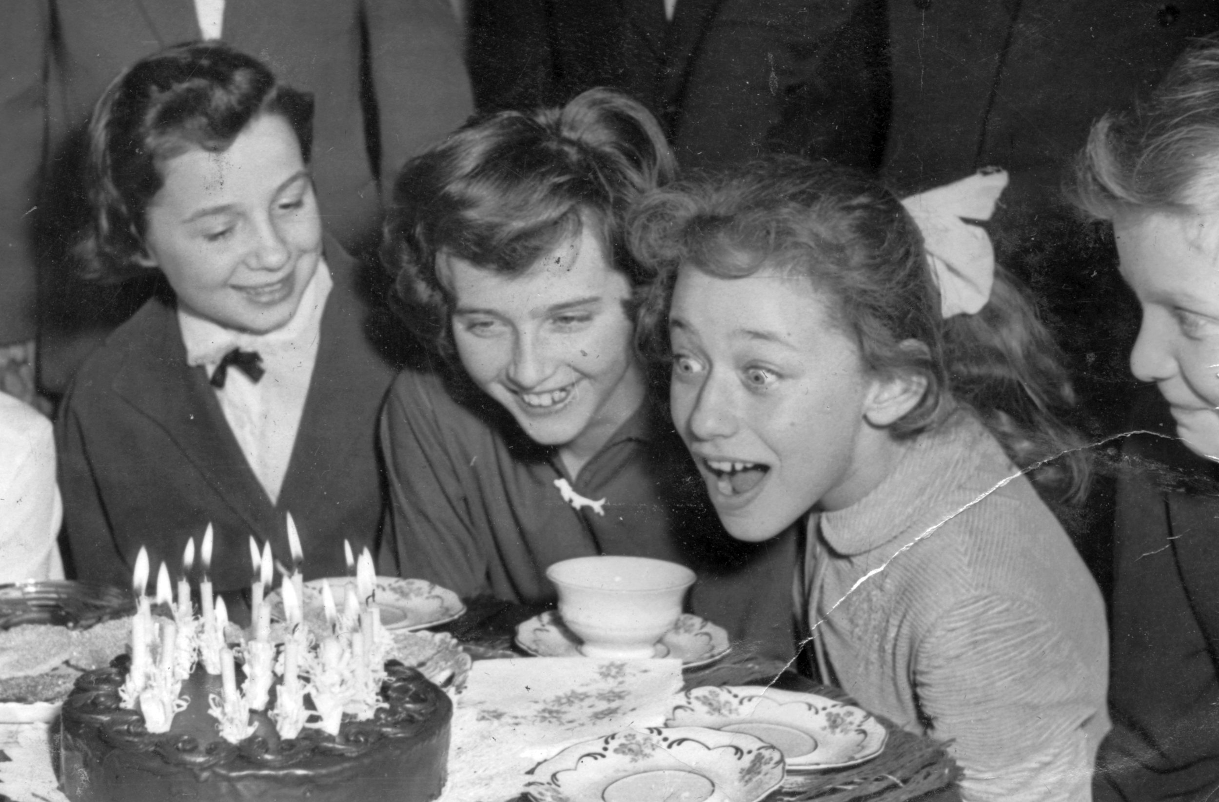 A 1959 birthday party./Creative Commons, from  here .