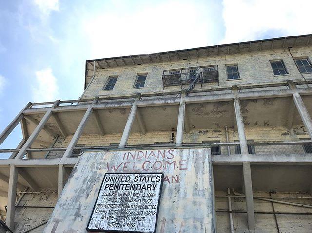 Alcatraz . . . . . . . #alcatraz #alcatrazisland #sanfrancisco #nationalparks #nps #oldbuildings