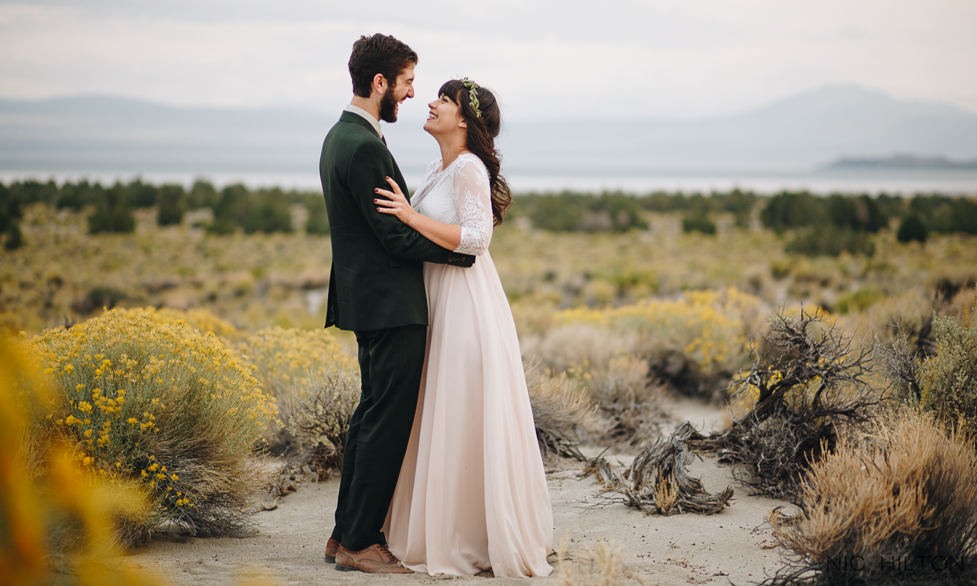 Mono-Lake-elopement-photos.jpg