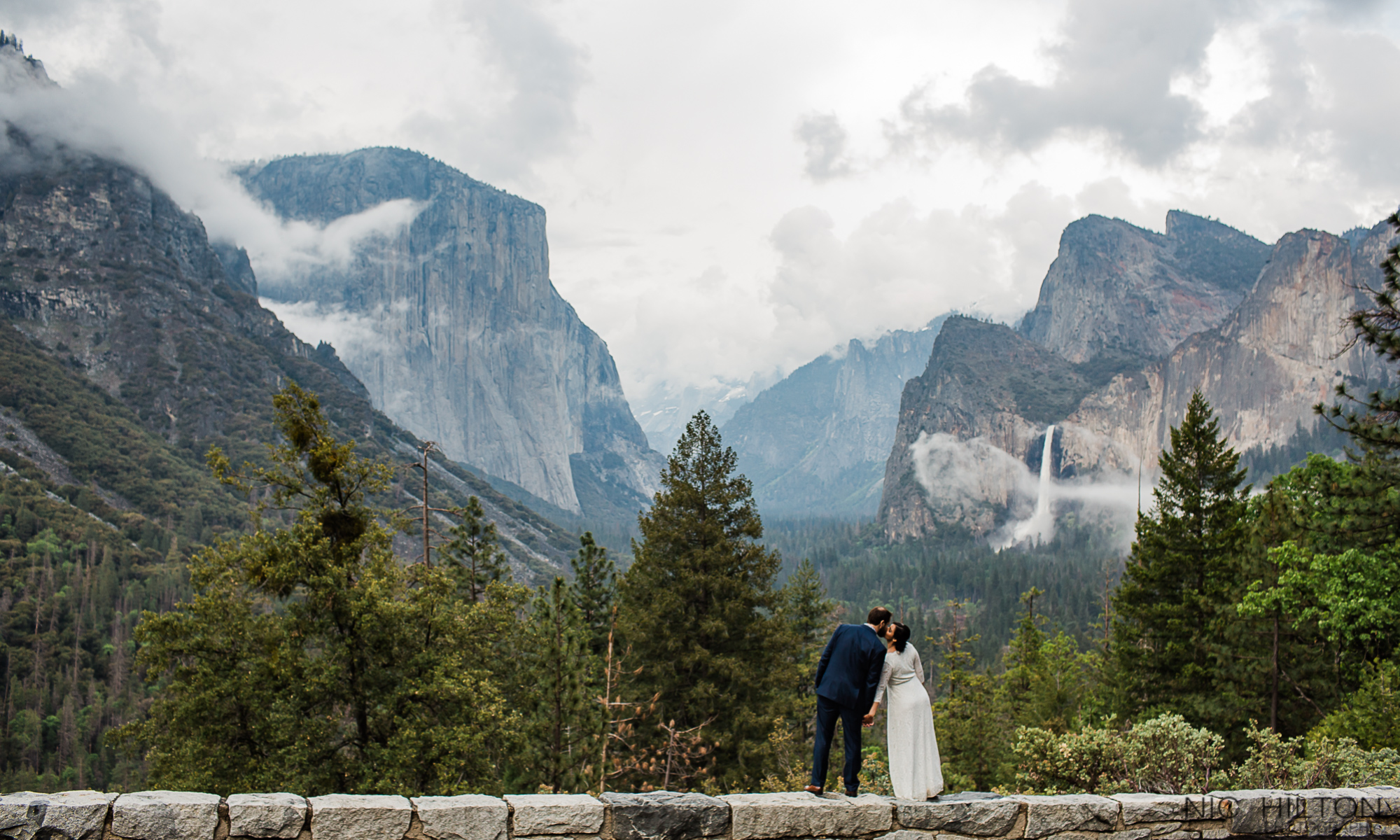 Yosemite-Elopement-Photography.jpg