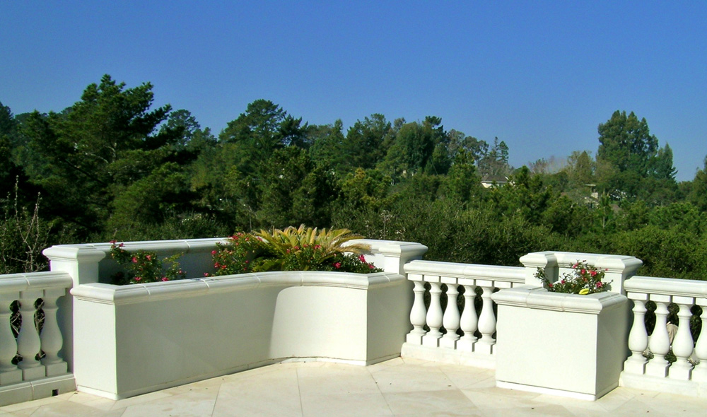 Balustrade System Style II with integrated Planters
