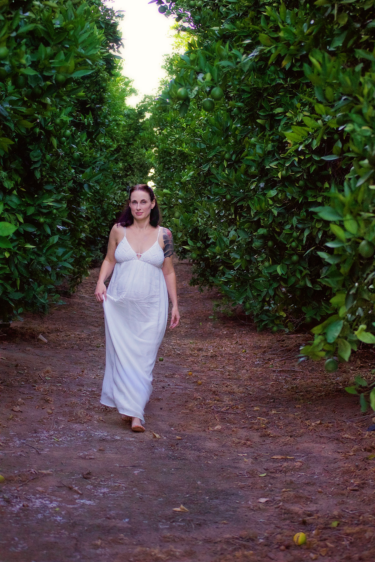 White Dress Greenery Mother | Lifestyle Portrait Photography | Lacey O