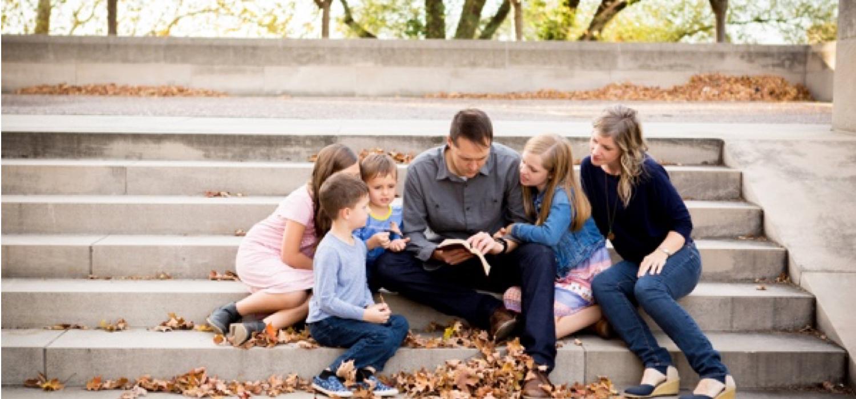 praying-families
