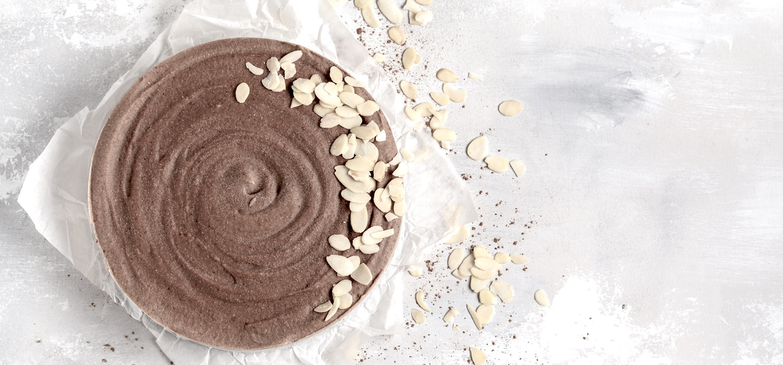 Raw-vegan-chocolate-maca- cheesecake.jpg