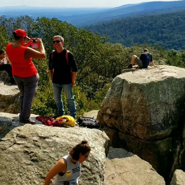 For National Parks week, here are two videos from our last trip to Catoctin Mountain National Park. We are headed back on May 12th with après hike drinks at Linganore Winecellars and Red Shedman Farm Brewery. This trip is not to be missed! Register with the link in bio.  Catoctin Mtn Park is home to both killer views and the tallest cascading waterfall in MD. After the hike, we'll quench our thirst with wine slushies and a variety of delicious wine and cold beer! #nationalparksweek #trailsandalesdc #hikelocaldrinklocal