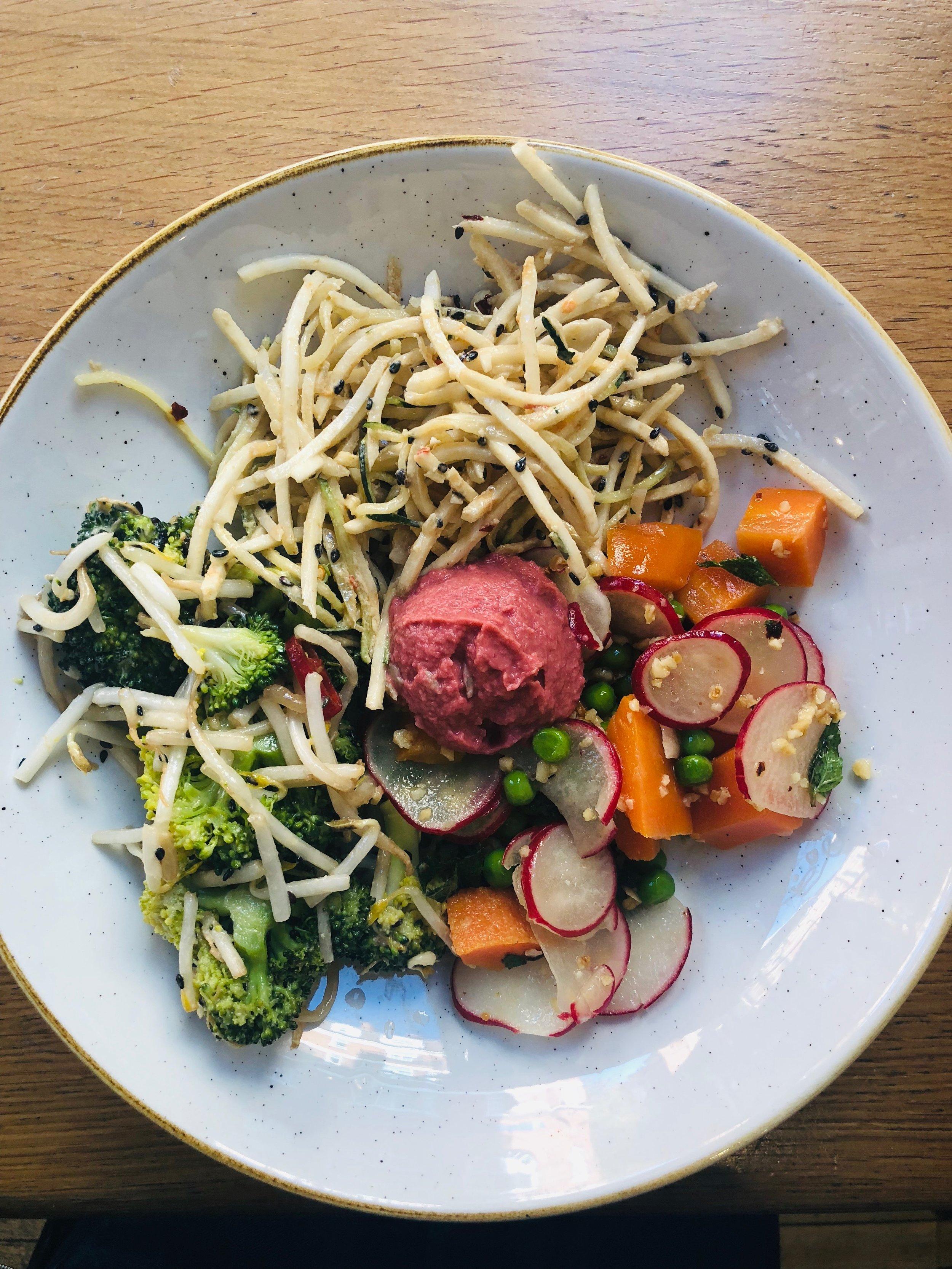 Deliciously Ella Deli - Daily Salad Selection w. Beet Hummus