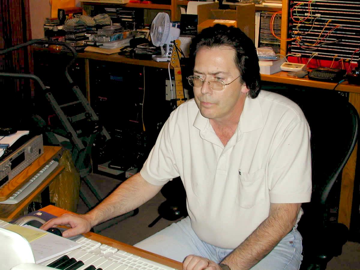 Richard in his studio #1