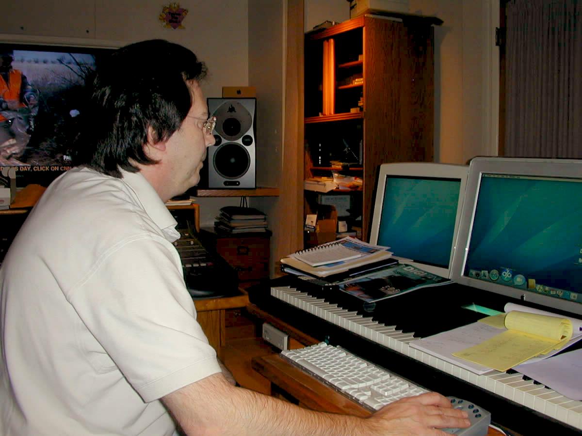 Richard in his studio #3