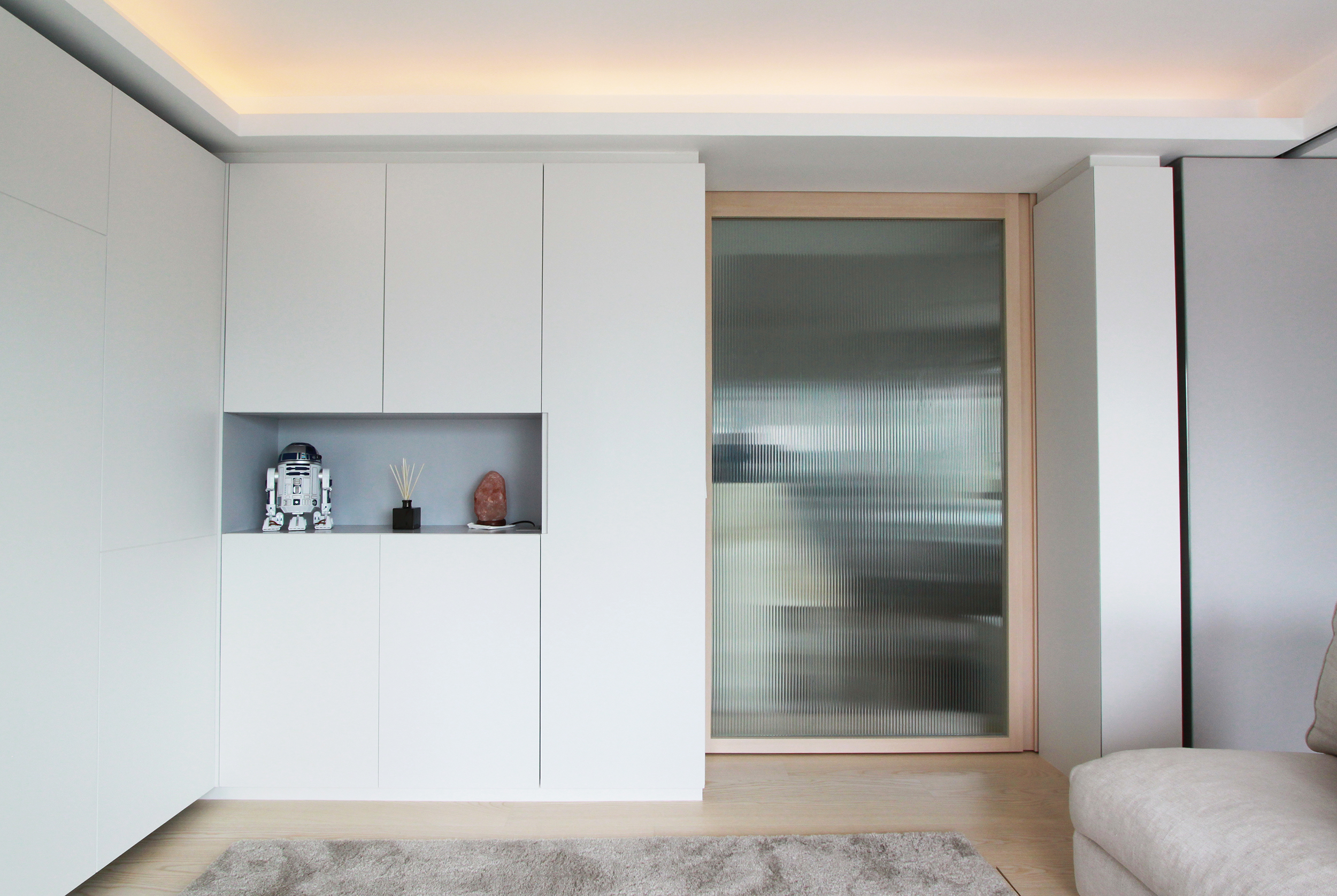 Living Area |Integrated Storage Units with open shelf in subtle accent colour