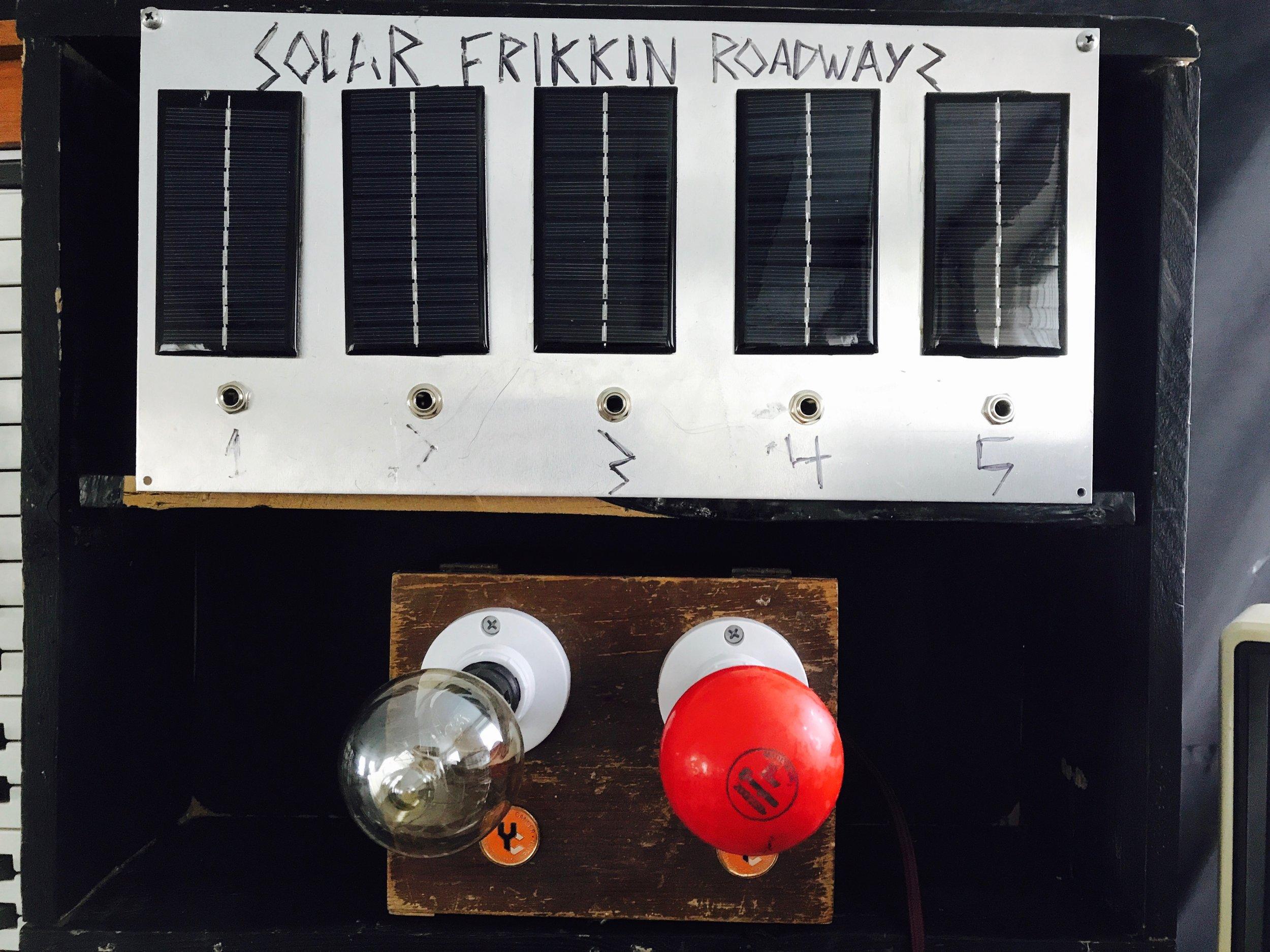 SOLAR PANELS SYNTH EXPRESSION. SOLAR FRIKKING ROADWAYS