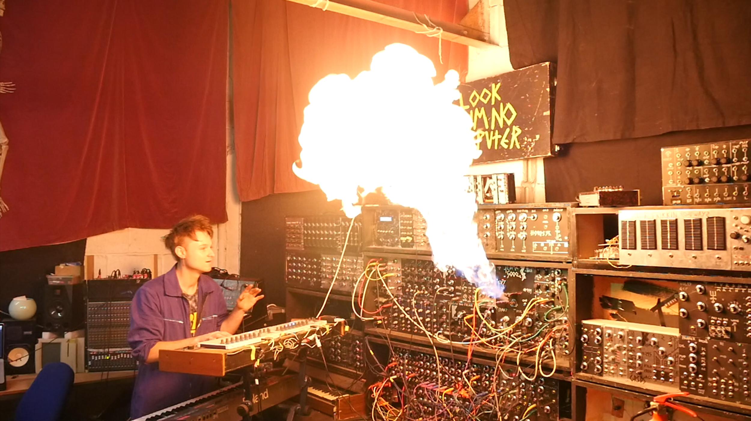 flamethrower synth