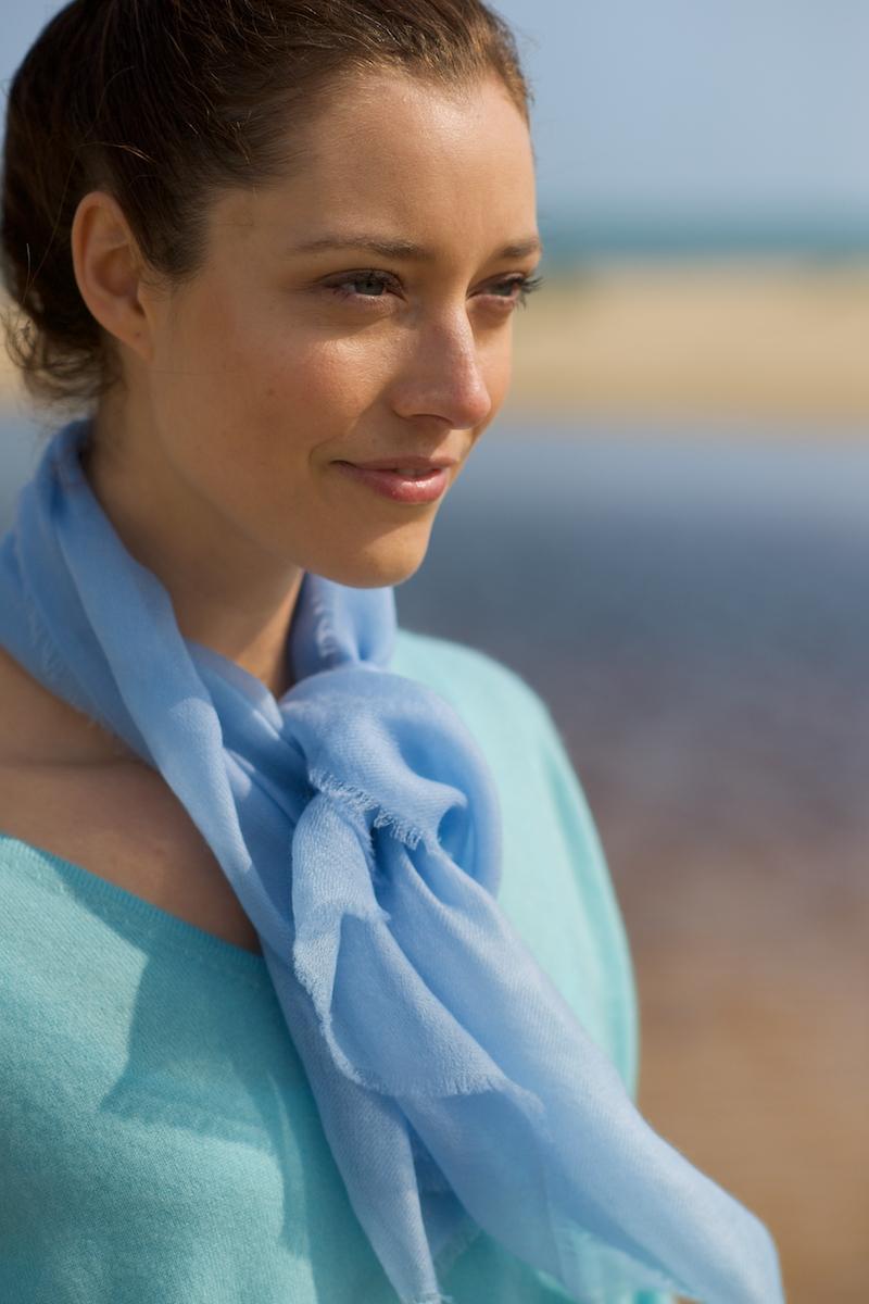 Neck scarf. sky blue.jpg