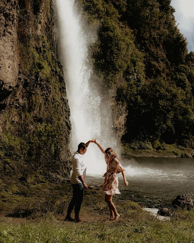 My dream wedding would probably be at a waterfall in the tropics. We will have wooden benches in front of the waterfall. There will be fairy lights and tents around, like a wedding festival where everyone eating, drinking, dancing and playing games. ✨  Me and my bridesmaids will dress like boho goddess 💁♀️ We will have flower crowns on our heads and beautiful bouquet with lots of greens.  And of course, my future dog will deliver the rings. ✌️