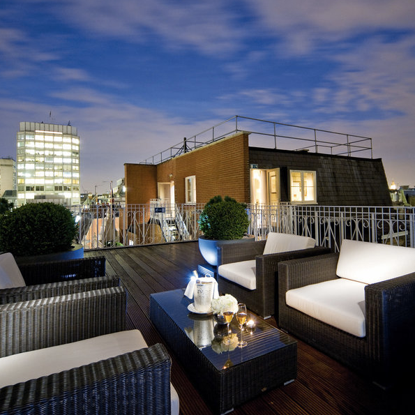 St James Hotel and Club in London