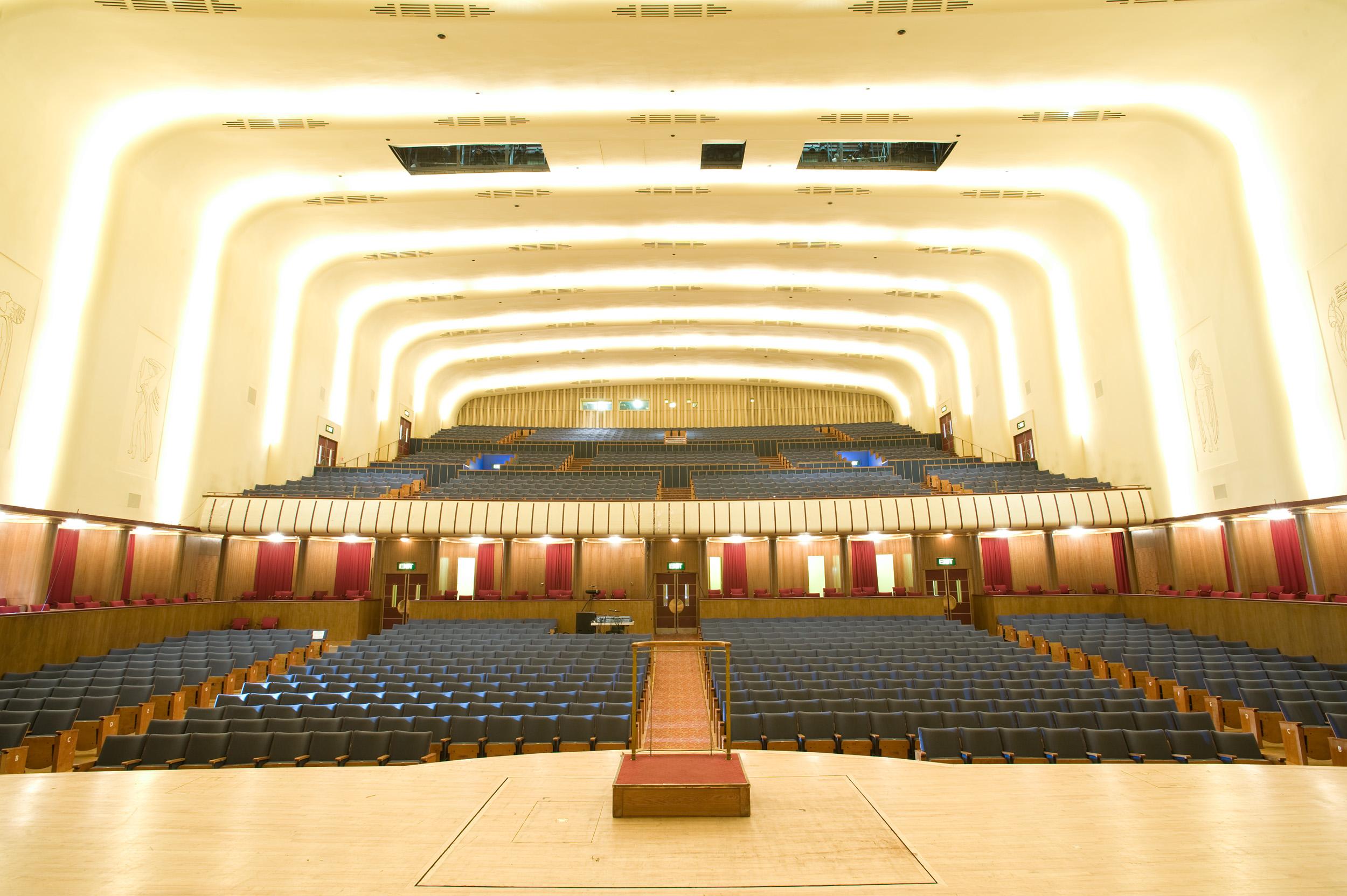 Philharmonic hall.jpg