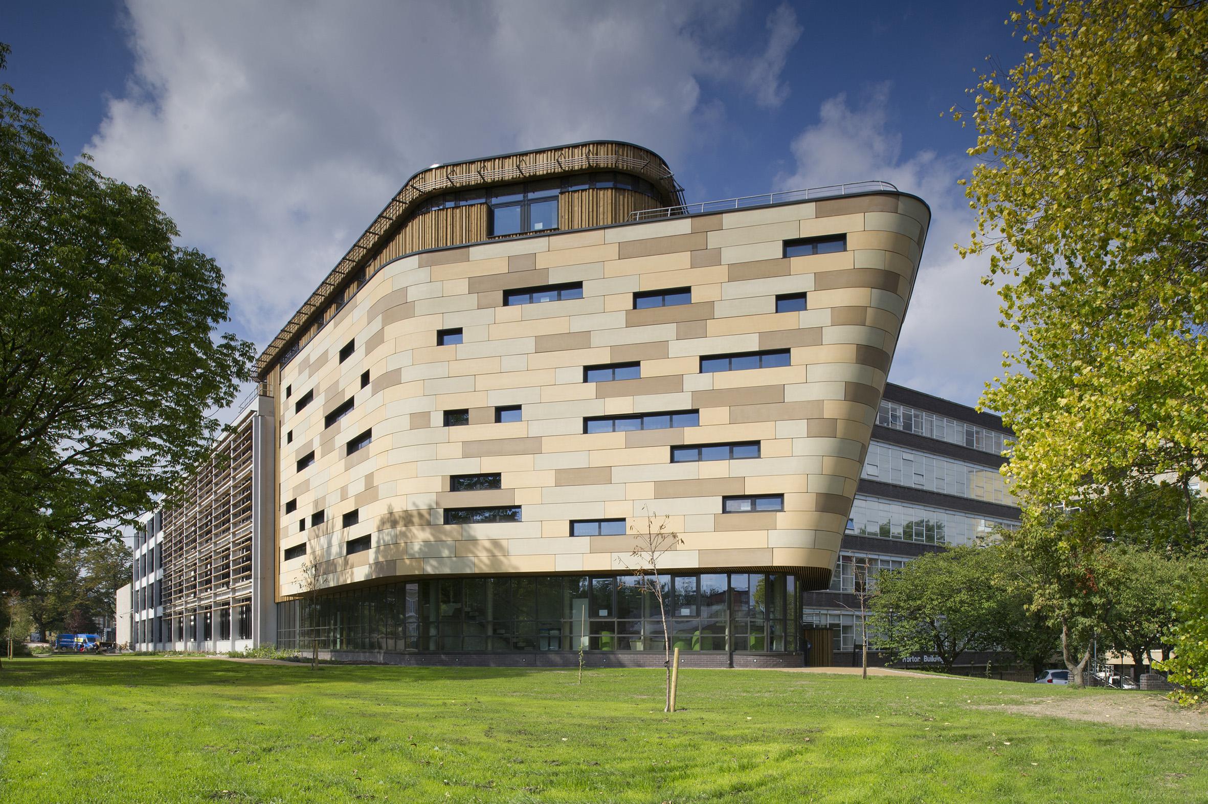 School of Health Studies. Bradford University