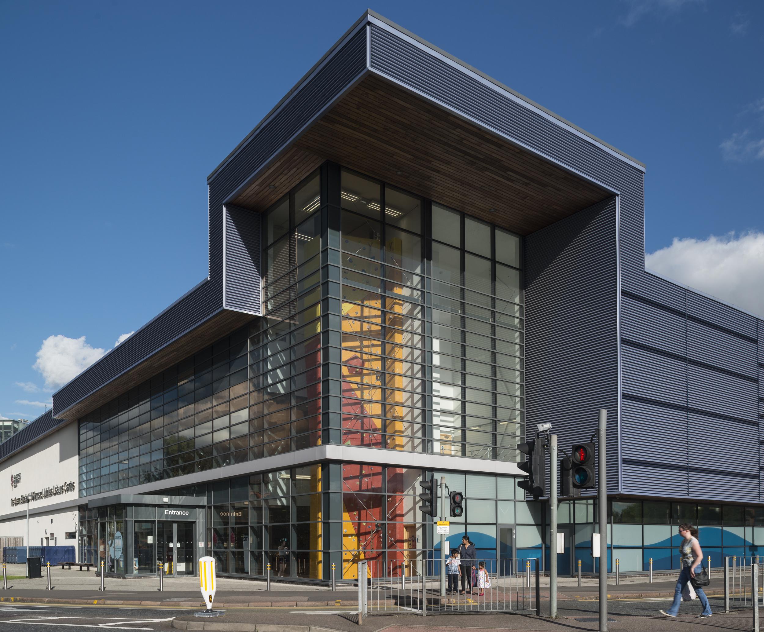 Queen Elizabeth Leisure Centre - Leicester