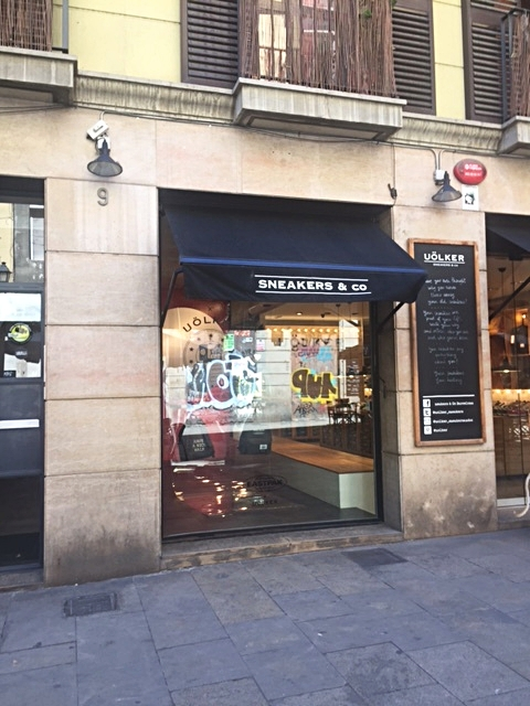Uölker - Sneakers & Co. - Make a pitstop here while touring the El Born area of Barcelona.