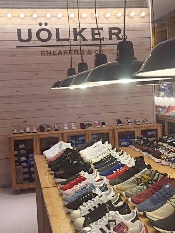 Sneaker assortment at Uölker - Sneakers & Co.