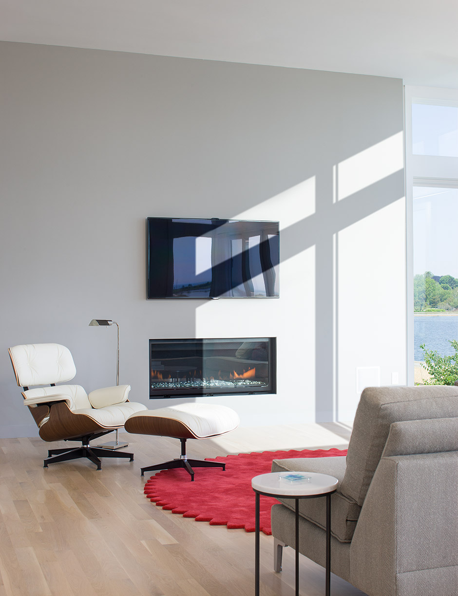 MIF2707_fireplace_wall.jpg