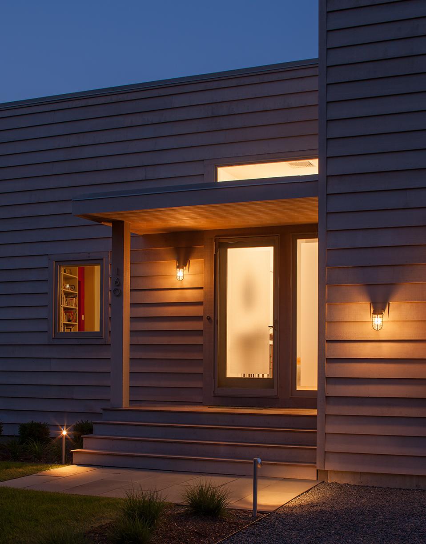 MIF2714_dusk_entry.jpg