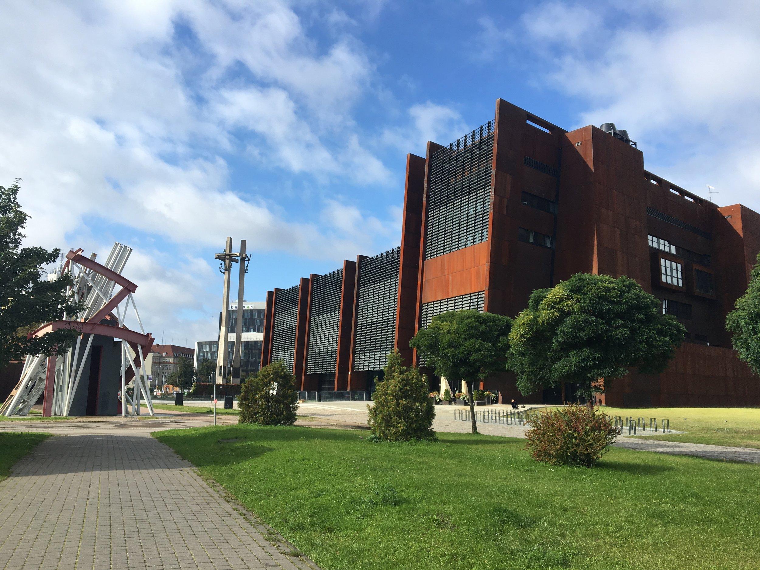 EUROPEISK SOLIDARITETSSENTER: Et spennende og moderne museum. Foto: Gdanskwithus.com