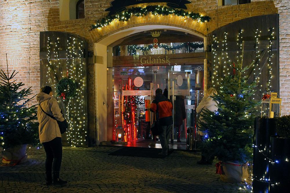 BROVARNIA GDANSK: Det var pyntet til jul da jeg besøkte denne restauranten. Foto: Tenk Koffert