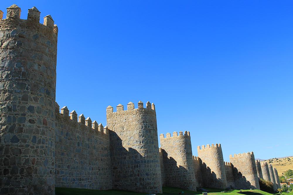 SOM I EVENTYRENE: Se på denne flotte muren! Foto: Tenk Koffert