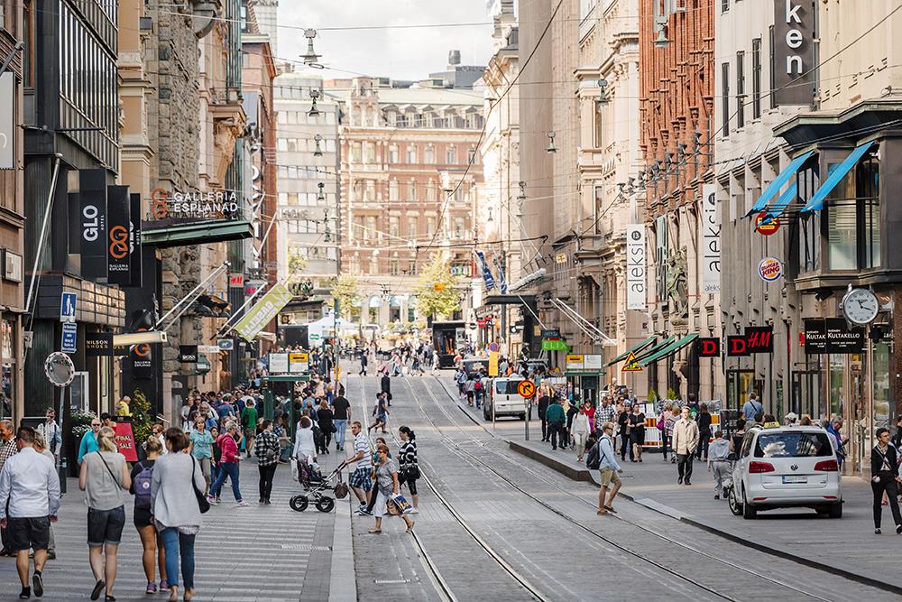 HELSINKI: Det er lov å kalle byen både Helsinki og Helsingfors, men førstnevnte blir mer og mer vanlig. Helsinki er en spennende by, med bra shopping! Foto: Kuvatoimisto Kuvio Oy/Helsinki Marketing.