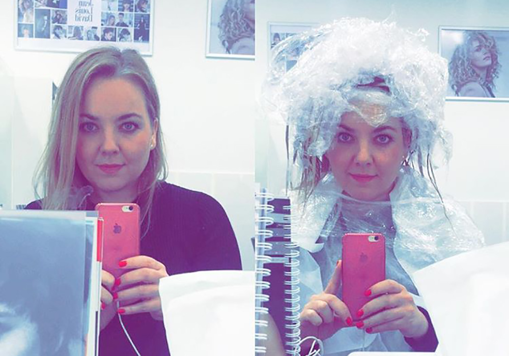 I FRISØRSTOLEN: Når du fra før er litt språkutfordret hos frisør i Polen, og lurer på om dette er seriøst, eller om de ansatte sitter på bakrommet og ler av den dumme utlendingen med plast i håret ... Foto: Hedda Bjerén
