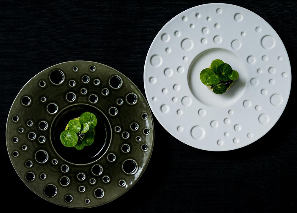 GOURMETMAT: I Warzawa kan du unne deg å gå på virkelig flotte restauranter, prisene er mye lavere enn hjemme i Norge. Dette bildet er fra restaurant Atelier Amaro Foto: Atelier Amaro