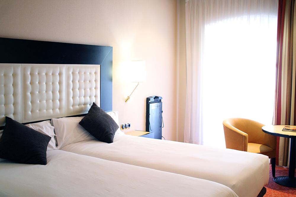 HOTELL I SALAMANCA: Jeg overnattet på Abba Fonseca Hotel da jeg var i Salamanca. Et fint hotell, med god beliggenhet, store, komfortable rom og god, stor frokost. Interiørstilen er dog noe utdatert. Foto: Tenk Koffert