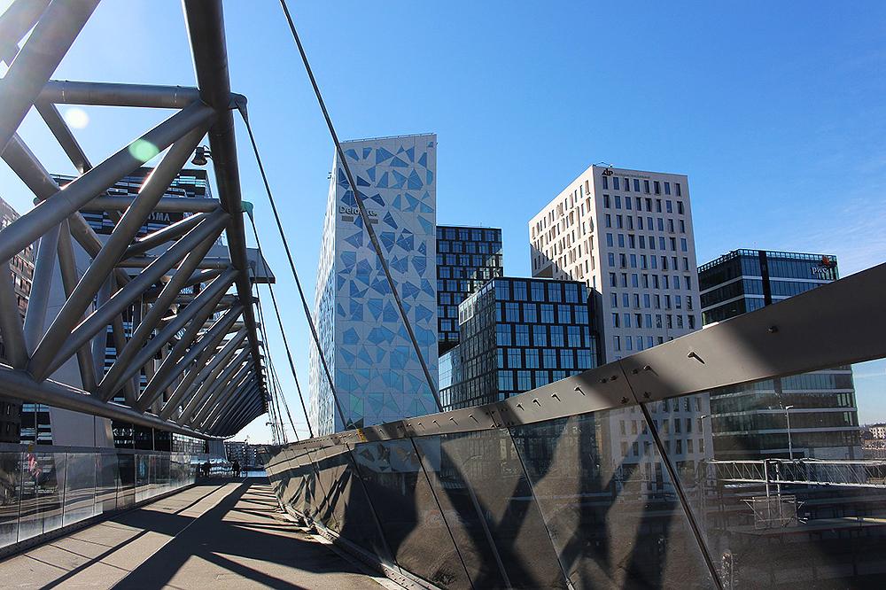 STORBYWEEKEND I OSLO: En herlig solskinnsdag i storbyjungelen. ❤️ Foto: Tenk Koffert