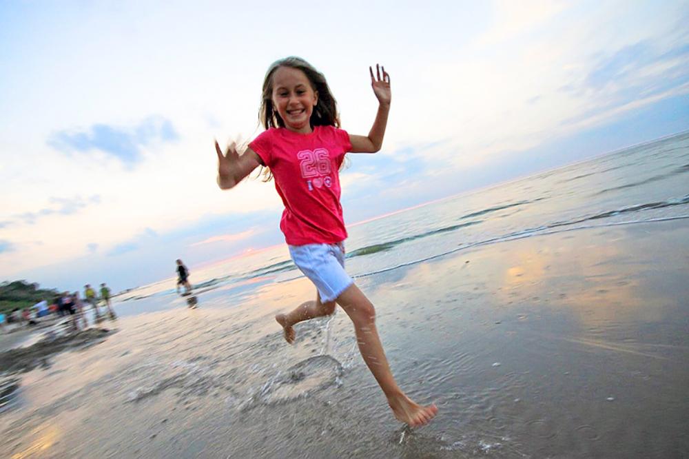 SOPOT: Den polske rivieraen har like fine sandstrender som de du finner ved Middelhavet (men det er ikke alltid være blir like godt og varmt, da …). Den mest kjente stranden finner du i Sopot. Foto: Polska Statens Turistbyrå
