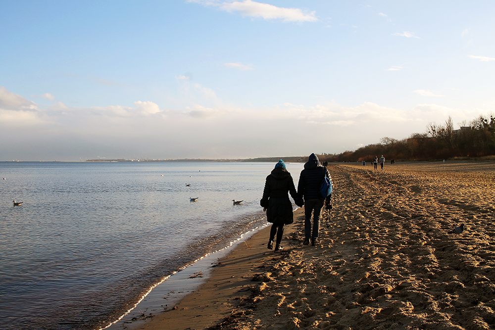 ROMANTIKK I SOPOT: Sol, sand og kjærlighet. Stranda er fin på vinteren og! Foto: Reisebloggen Tenk Koffert