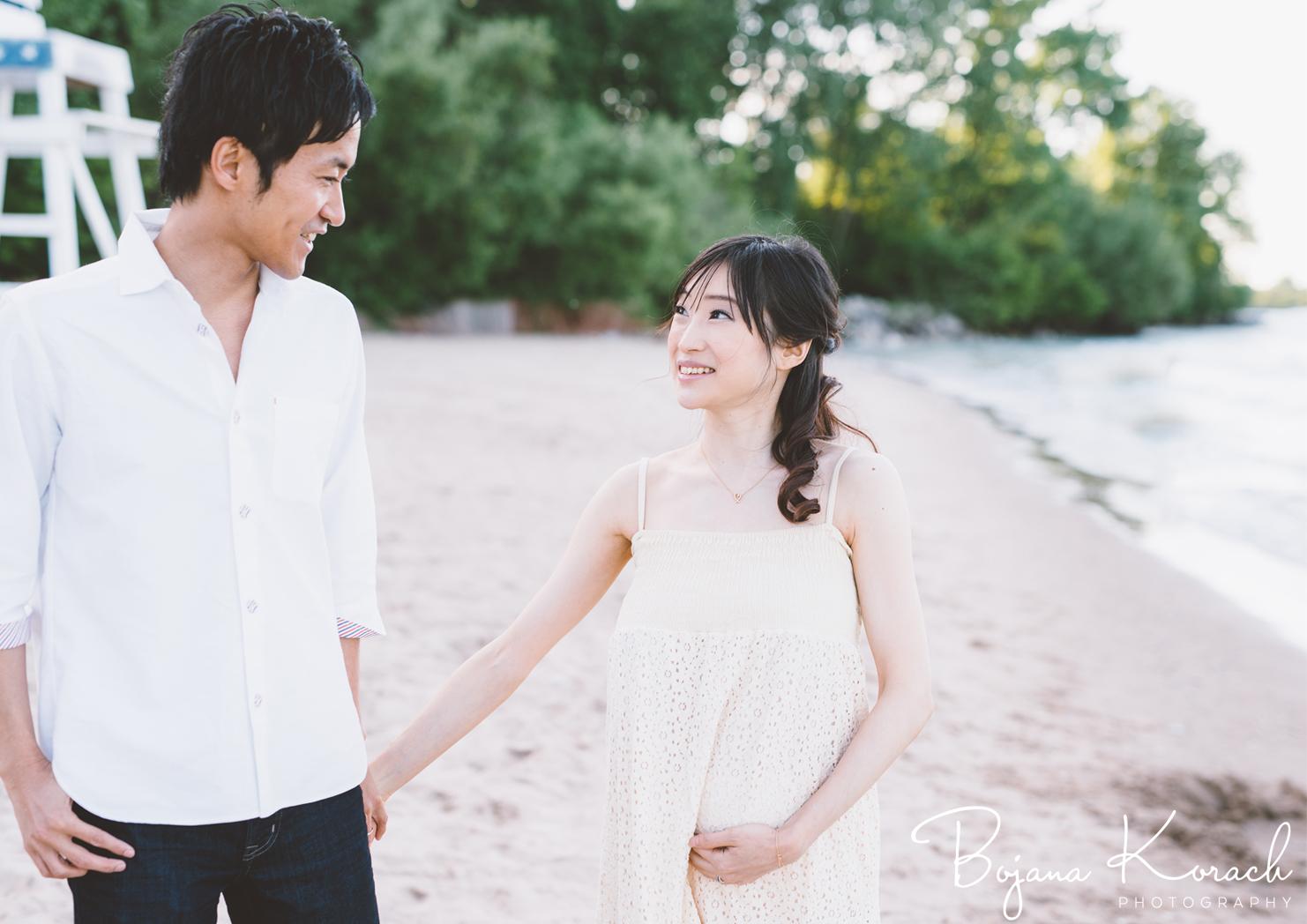 maternity-photography-beach-japanese-couple