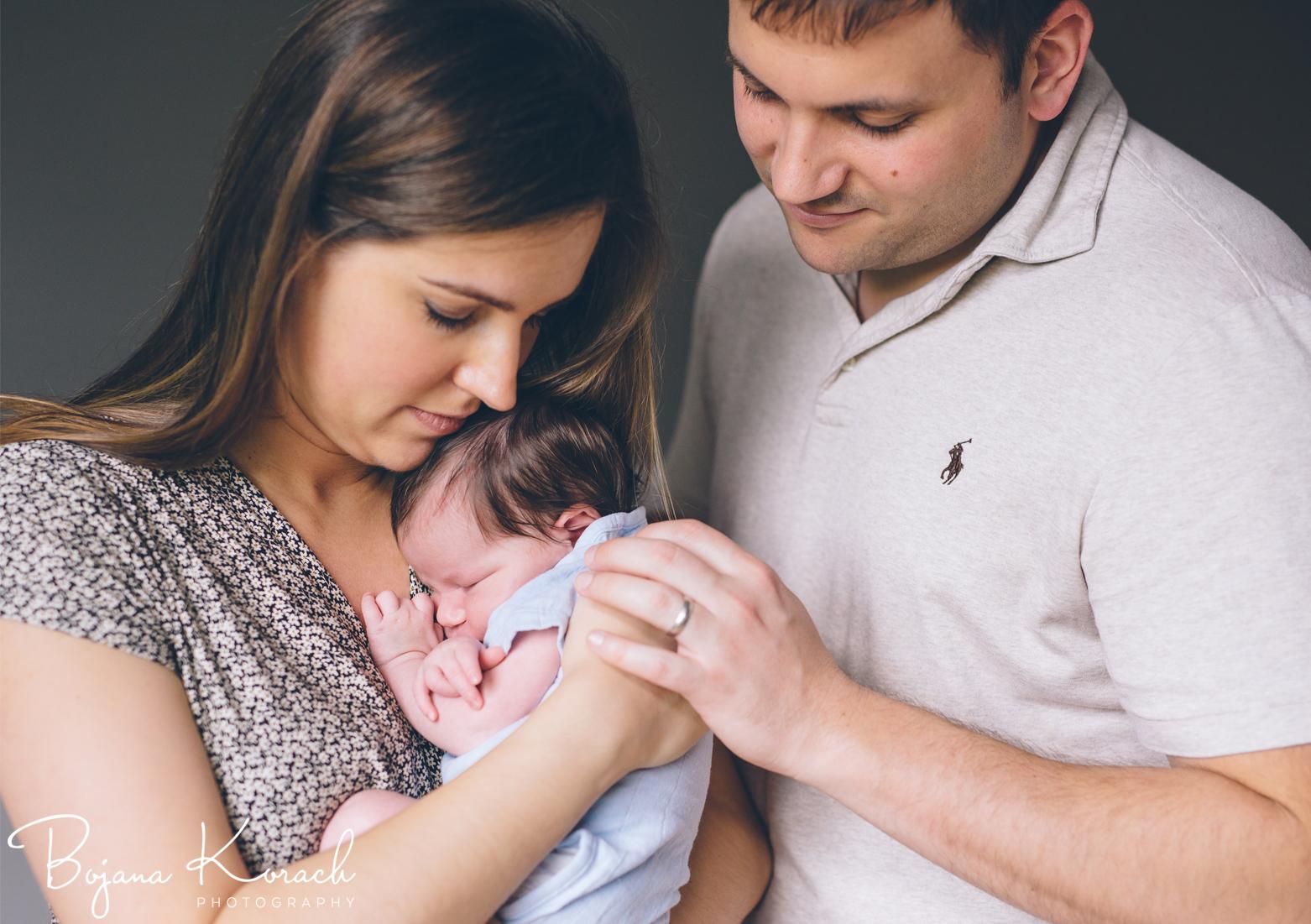 bay-area-newborn-family-photo.jpg