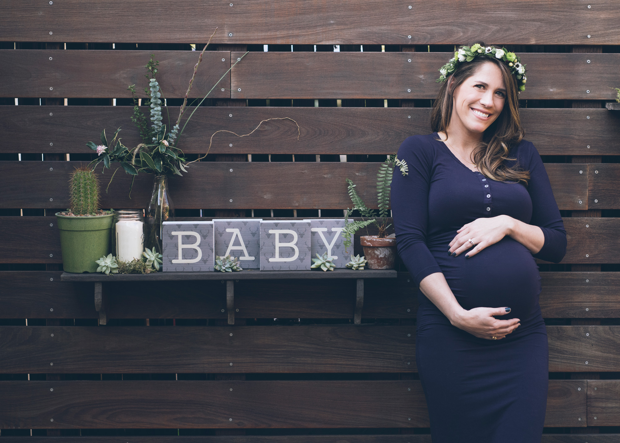 pregnant-woman-with-a-baby-sign.jpg