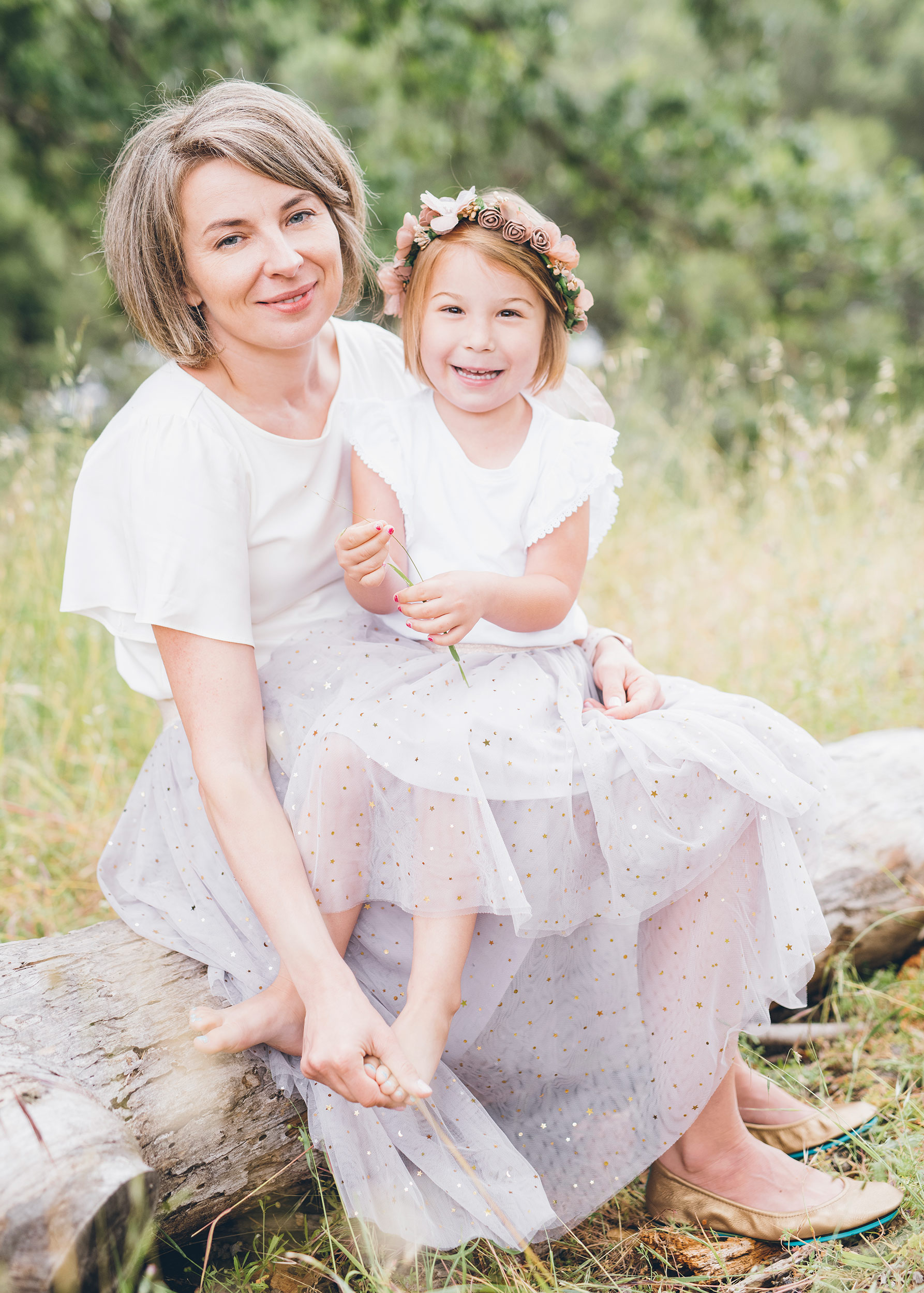 portrait-of-beautiful-mother-and-daughter-on-a-field-in-lafayette.jpg