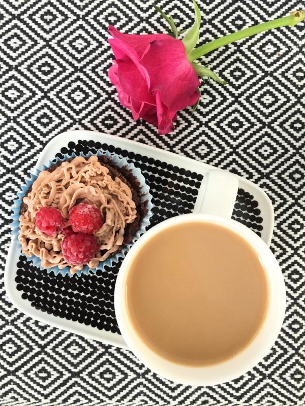 Att bjuda någon på kaffe är ett härligt exempel på hur du kan #delaljus
