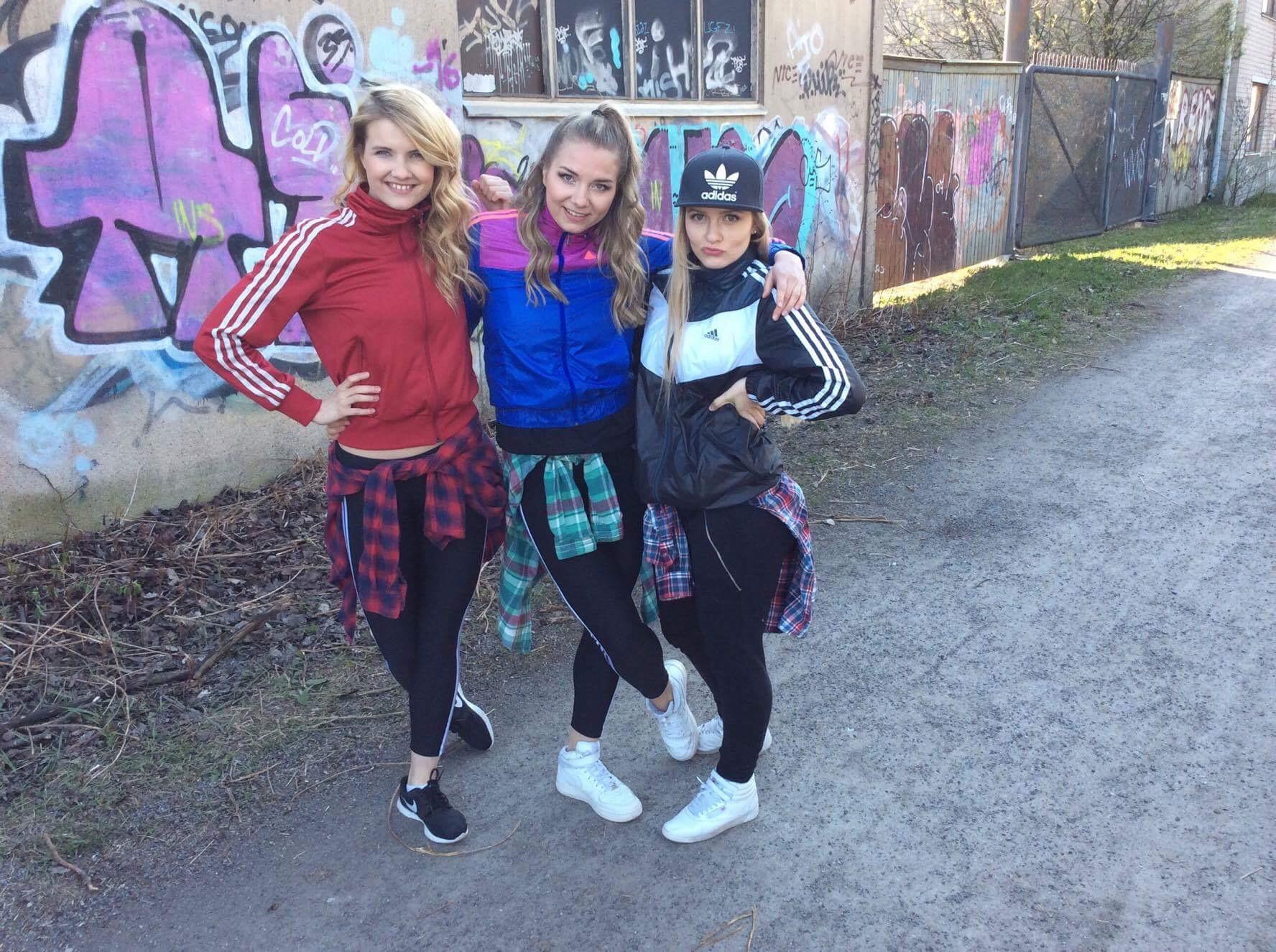 Mina dansvänner: Karin, Julia och (fjant)jag