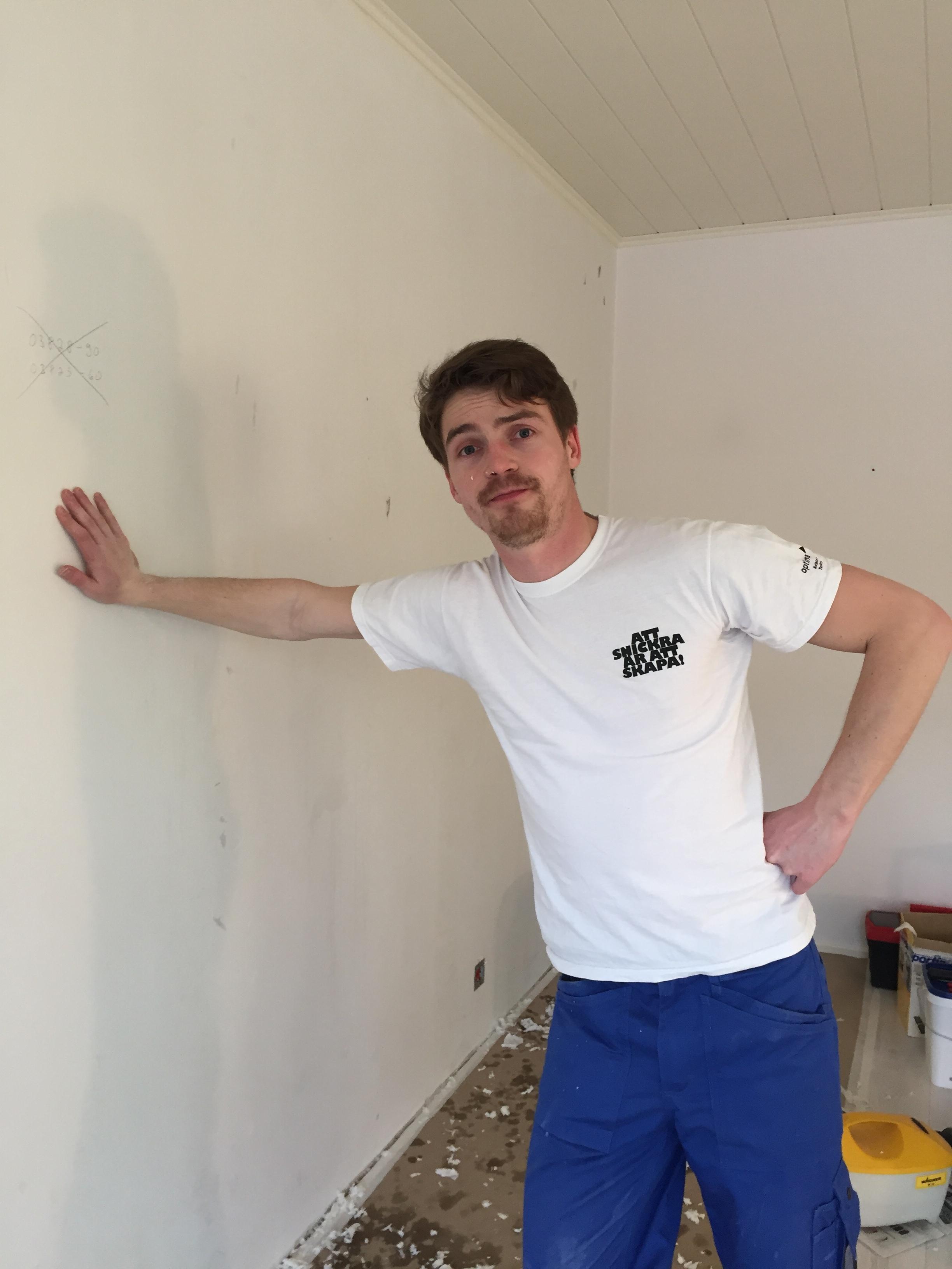 Min man. Vår vägg. Vårt hem.