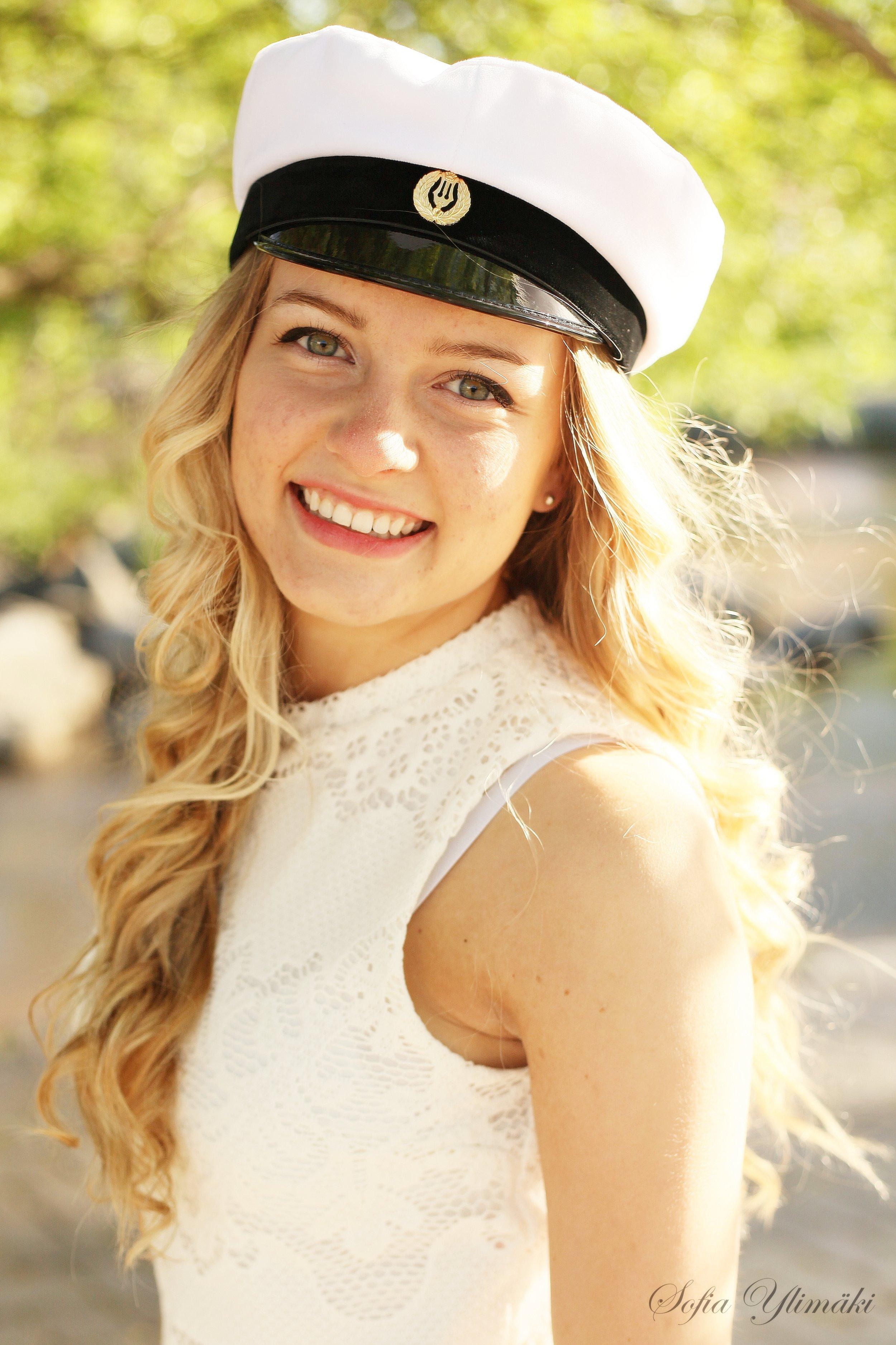 Mitt studentfoto för flera år sedan. Foto av bästa Sofia Ylimäki Photography