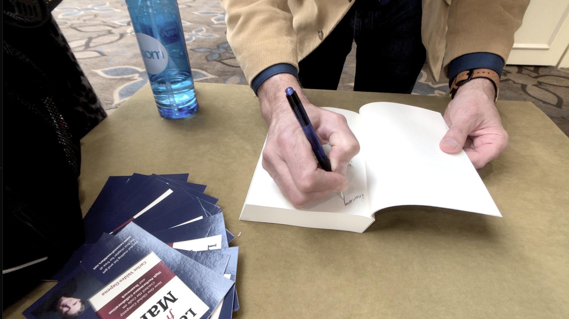 signing+book+%281%29.jpg