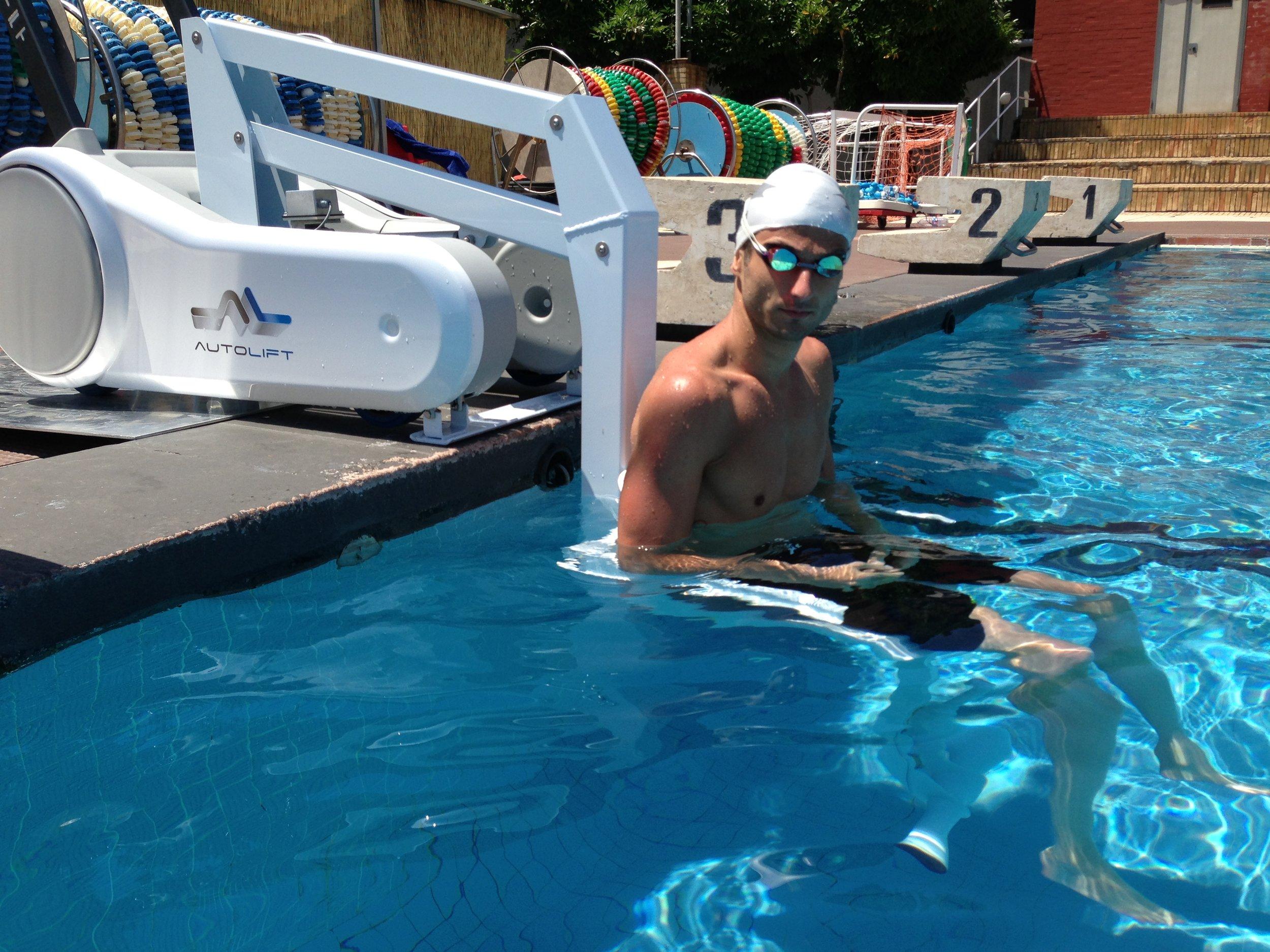 i swim portable pool lift
