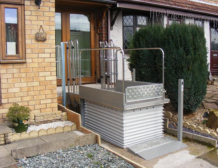 TSL 1000 Domestic step lift