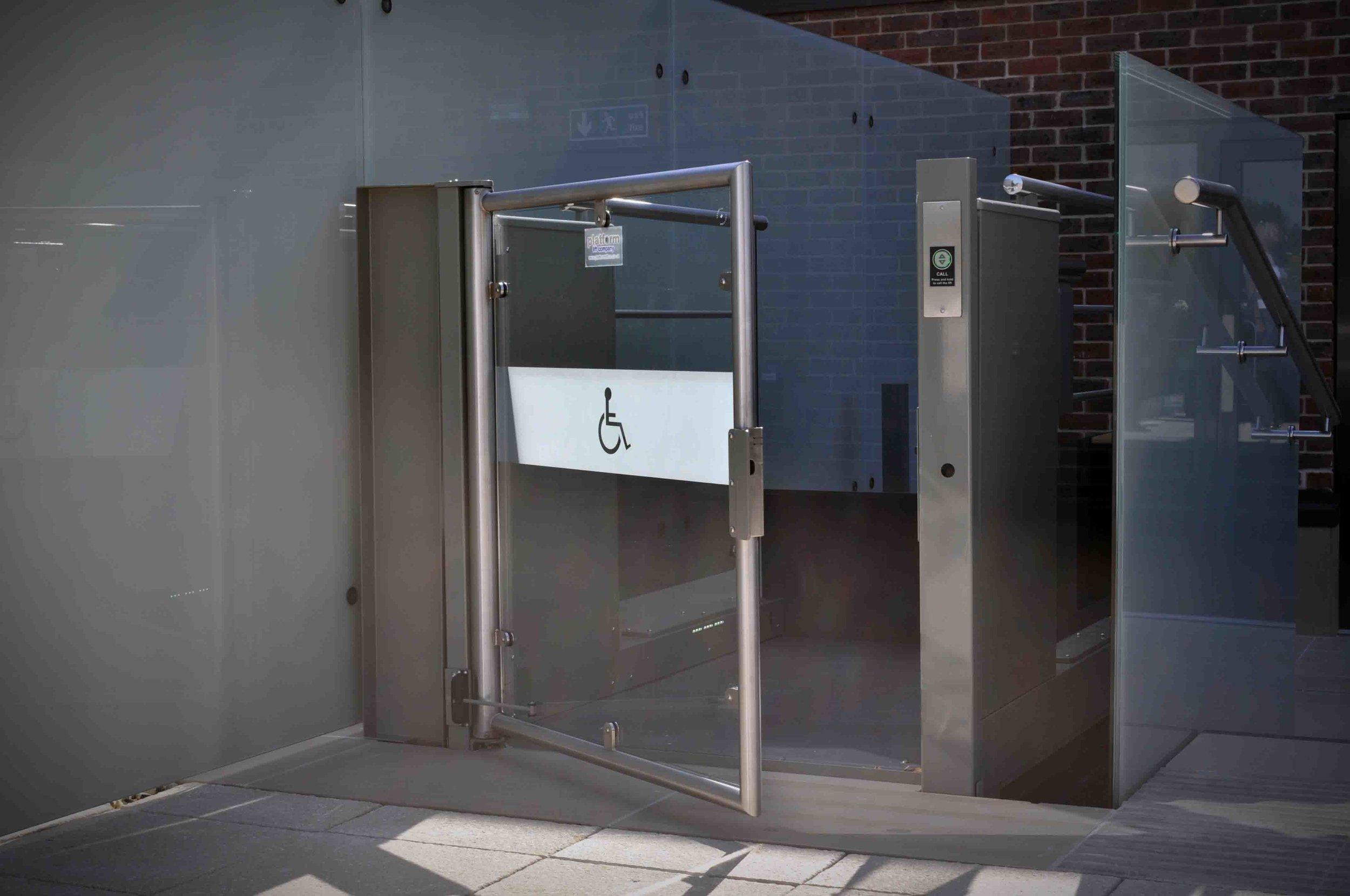 Wessex LR Low Rise Public Access Platform Lift