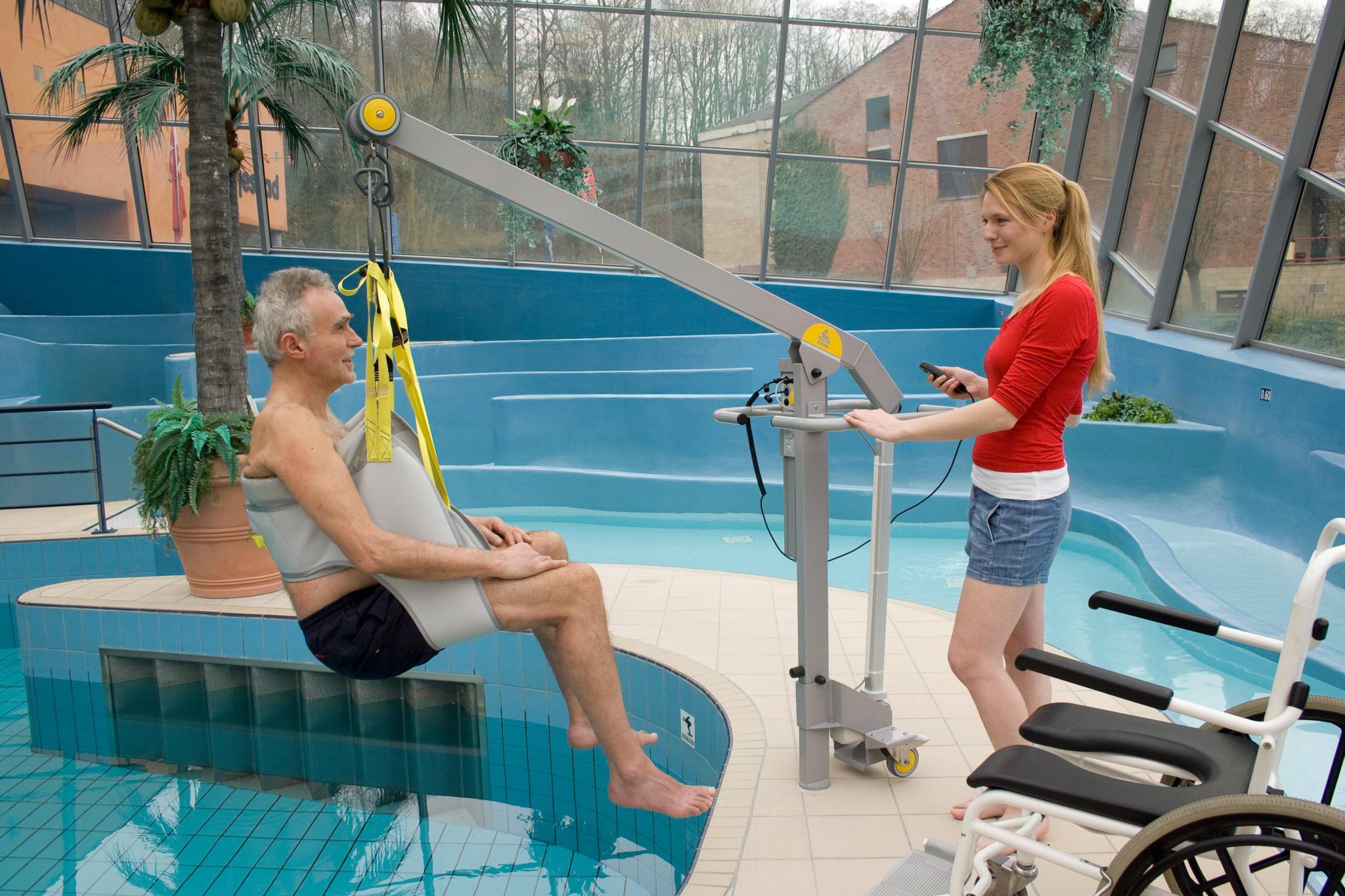 Handi-Move Mobile Pool Hoist