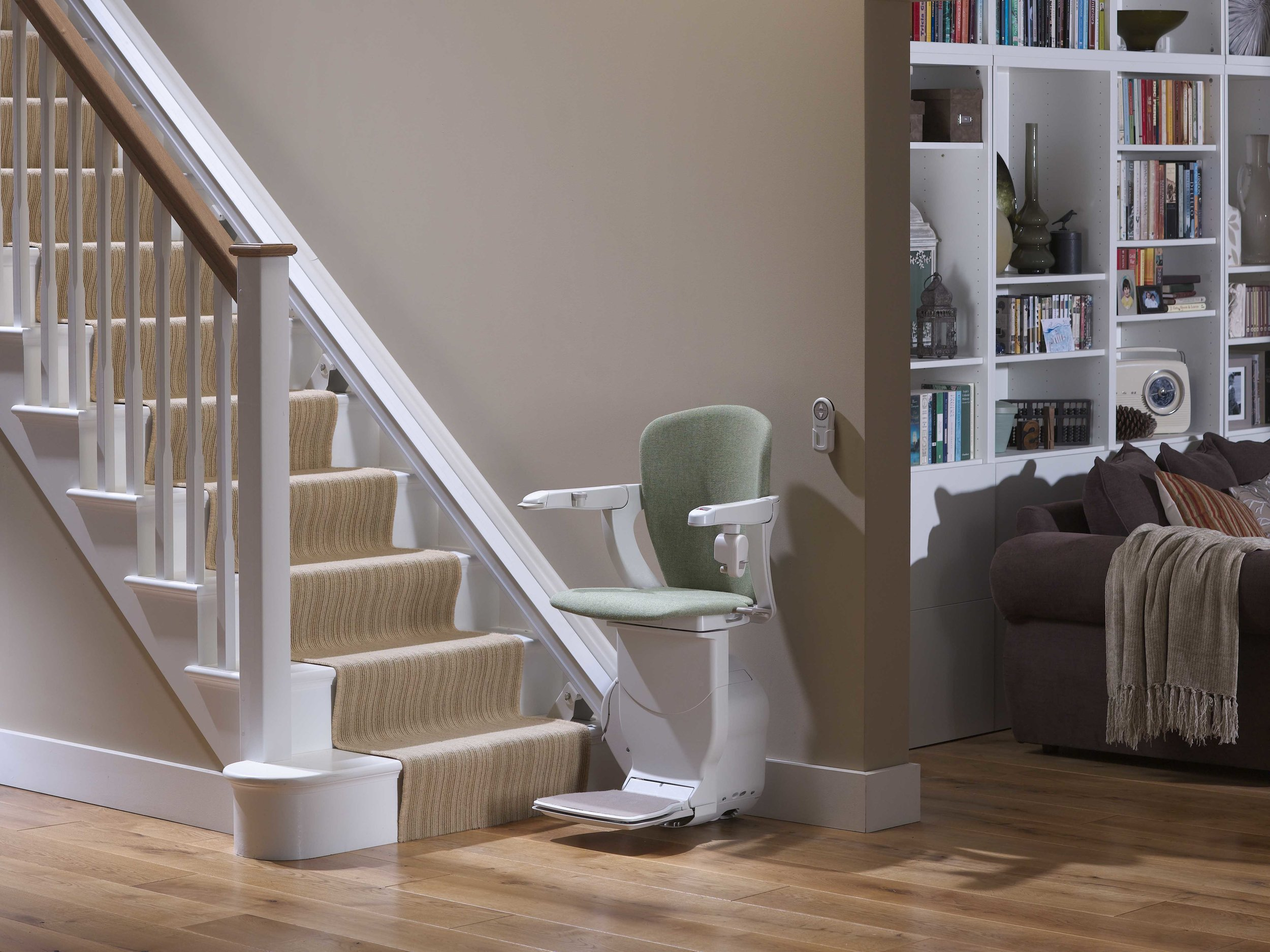 stannah-600-starla-stairlift-unfolded-downstairs.jpg